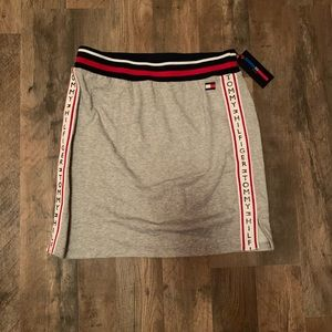 Tommy Hilfiger skirt Size S NEW WITH TAGS